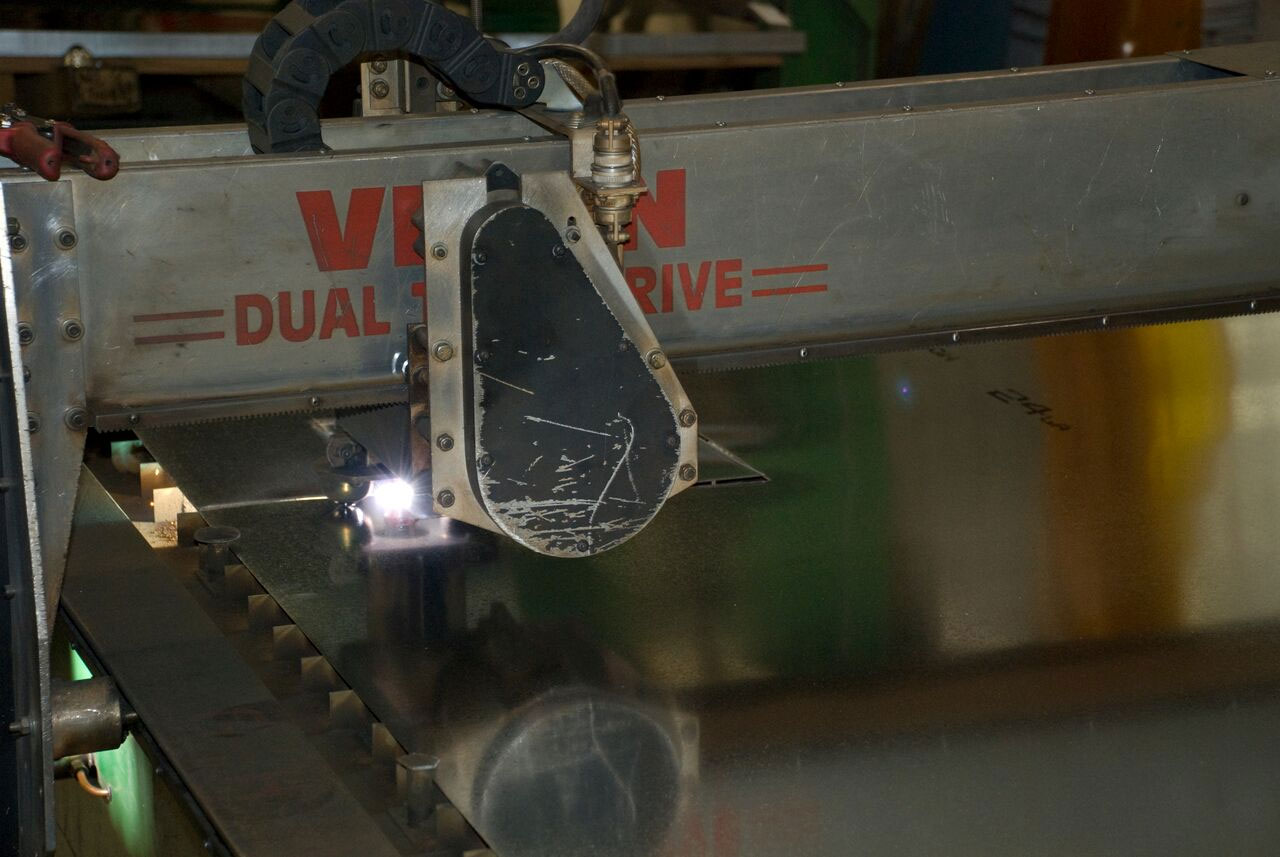 cutting metal